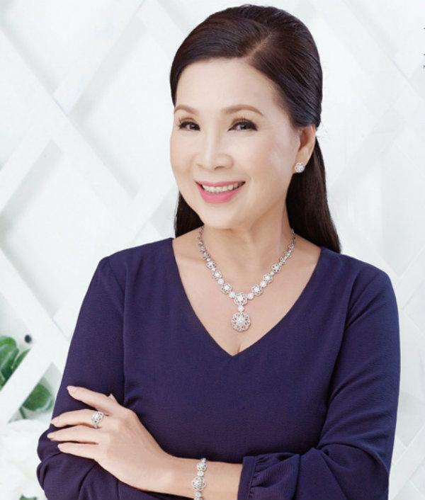 Phỏng vấn Diễn viên Kim Xuân về bí quyết giữ gìn nhan sắc ở tuổi 60