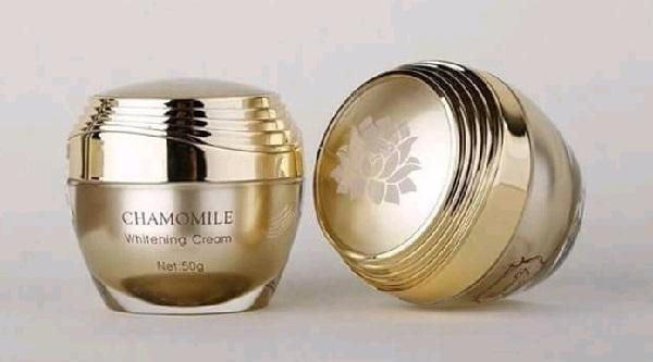 [Góc Review] Kem tái tạo da Chamomile Whitening Cream có tốt không?
