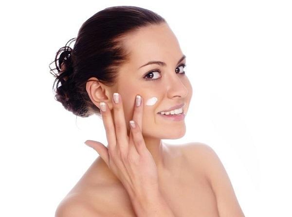 kem dưỡng ẩm da mặt, kem dưỡng ẩm cho da mặt, kem dưỡng ẩm da mặt giá rẻ, top kem dưỡng ẩm da mặt tốt nhất, review kem dưỡng ẩm da mặt, kem dưỡng ẩm da mặt tốt giá bình dân, kem dưỡng ẩm da mặt ưa chuộng nhất, kem dưỡng ẩm da mặt hiệu quả, top kem dưỡng ẩm da mặt tốt nhất, loại kem dưỡng ẩm da mặt, kem dưỡng ẩm cho da mặt, kem dưỡng ẩm da mặt loại nào tốt, kem dưỡng ẩm da mặt tốt, kem dưỡng ẩm da mặt nào tốt, kem dưỡng ẩm da mặt tốt nhất, Vichy, Vichy Aqualia Thermal, Shiseido Aqualabel White up Cream, Shiseido, Laneige Water Bank Moisture Cream, Laneige