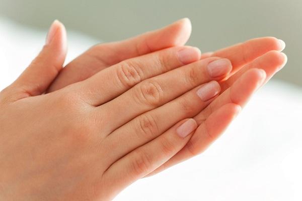 có nên dùng kem dưỡng da tay, kem dưỡng da tay review, 3W Clinic, kem dưỡng da tay 3W Clinic, Laneige, Laneige Rich Hand Butter, Kem dưỡng da tay Laneige Rich Hand Butter, Kiehl's, Kiehl's Ultimate Strength Hand, Kem dưỡng da tay Kiehl's Ultimate Strength Hand, kem dưỡng da tay, kem dưỡng da tay nào tốt, kem dưỡng da tay nào tốt nhất, kem dưỡng da tay loại nào tốt, kem dưỡng da tay loại nào tốt nhất, kem dưỡng da tay tốt nhất hiện nay
