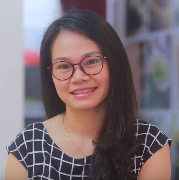Chị Thanh Mai tự tin hơn sau khi sử dụng công nghệ Ultherapy
