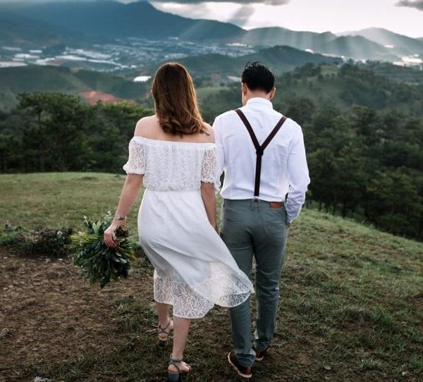 [Chồng người ta] Xúc động với chuyện tình 20 năm và món quà Valentine Thanh xuân tặng vợ