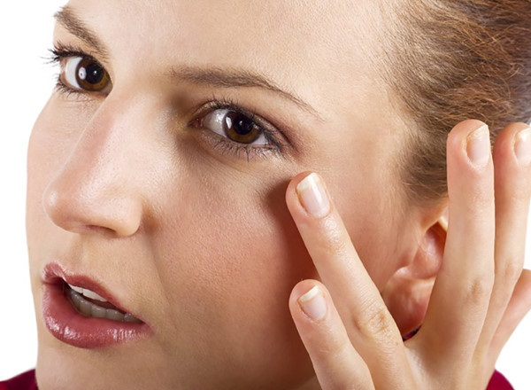 kem chống lão hóa vùng mắt có thể giải quyết vấn đề lão hóa, chảy xệ