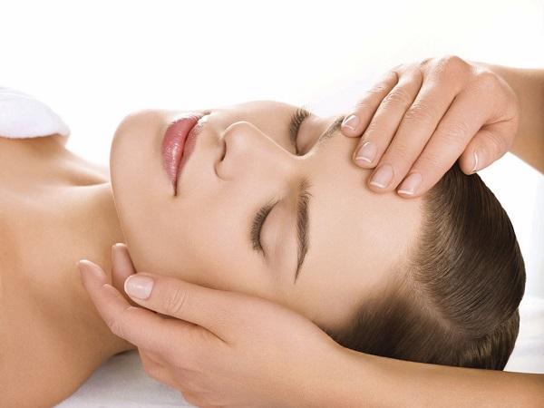 massage trẻ hóa da mặt