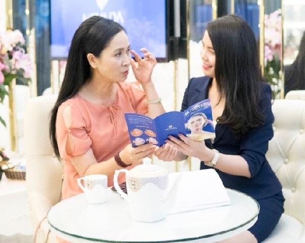 Cách xóa nhăn vùng mắt bằng CN Ultherapy có an toàn không?