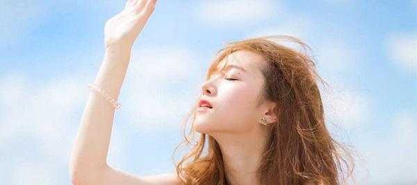 Cách phục hồi da mặt bị cháy nắng