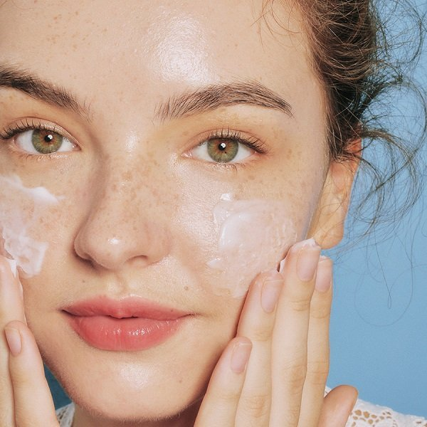 dấu hiệu da khô thiếu nước, da khô thiếu nước, biểu hiện da khô thiếu nước, cách chăm sóc cho da khô thiếu nước