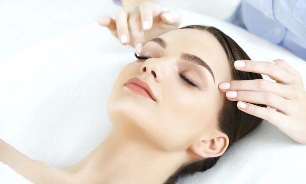 chăm sóc da chuyên sâu, chăm sóc da chuyên sâu là gì, chăm sóc da chuyên sâu có tác dụng gì, chăm sóc da chuyên sâu có tốt không, chăm sóc da mặt chuyên sâu, chăm sóc da chuyên sâu như thế nào, cách chăm sóc da mặt chuyên sâu