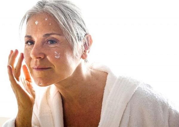 chăm sóc da tuổi trung niên, cách chăm sóc da tuổi trung niên, chăm sóc da mặt tuổi trung niên, chăm sóc da cho tuổi trung niên, cách chăm sóc da ở tuổi trung niên, cách chăm só da mặt tuổi trung niên, chăm sóc da cho phụ nữ tuổi trung niên, cách chăm sóc da cho tuổi trung niên