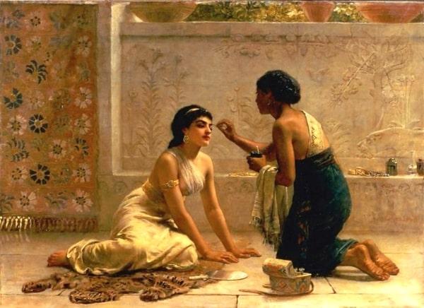 """""""Cạn lời"""" với các biện pháp chăm sóc da của phụ nữ trong lịch sử"""