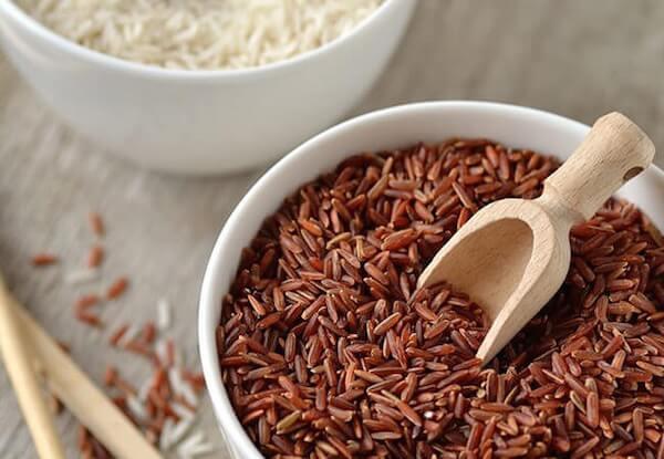 Sáng bóng, mịn màng với cách chăm sóc da bằng gạo lứt