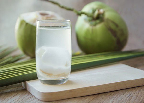 tác dụng của nước dừa với da mặt, tác dụng của nước dừa với da
