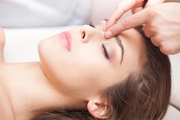 massage mặt mỗi ngày có tốt không