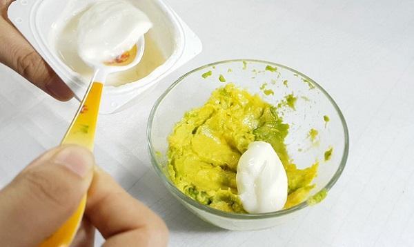 mặt nạ bơ sữa chua, cách làm mặt nạ bơ và sữa chua, cách làm mặt nạ bơ sữa chua, cách làm mặt nạ bơ với sữa chua