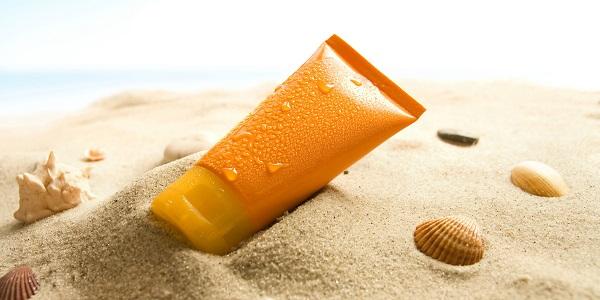 kem chống nắng trị mụn